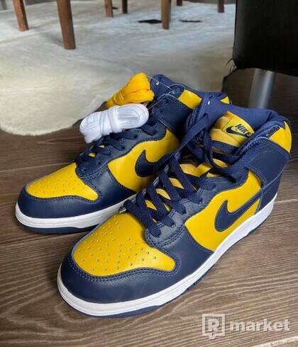 Nike Dunk High Michigan (2020) - 43