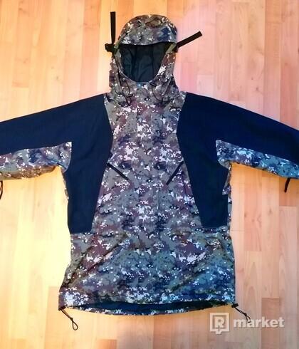 The North Face futurelight 94 retro mountain jacket digi camo