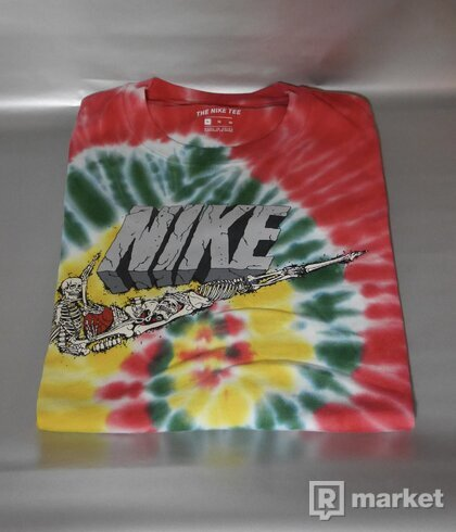 Nike Exploration Series Tee - XL