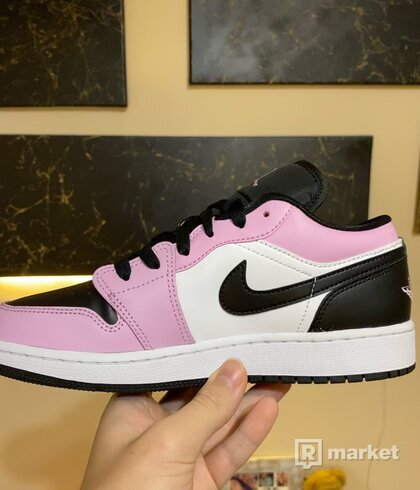 Jordan 1 Low Light Arctic Pink