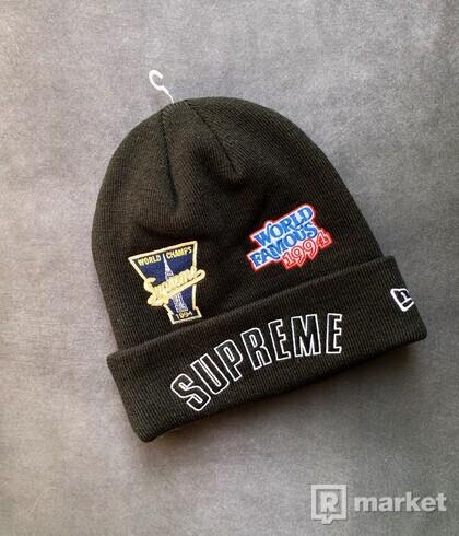 Supreme / New Era Championship Beanie