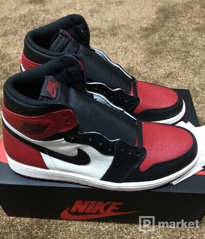 Air Jordan 1 Retro High OG Bred Toe