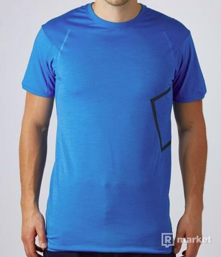 NikeLab ACG SS TOP (2 kusy)
