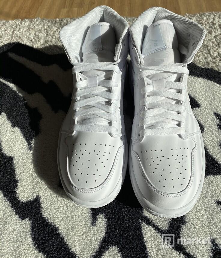 Air Jordan 1 mid pure platinum