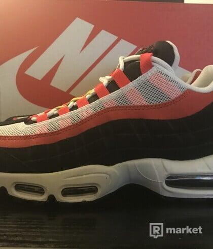 Nike Air Max 95 'Black Crimson'