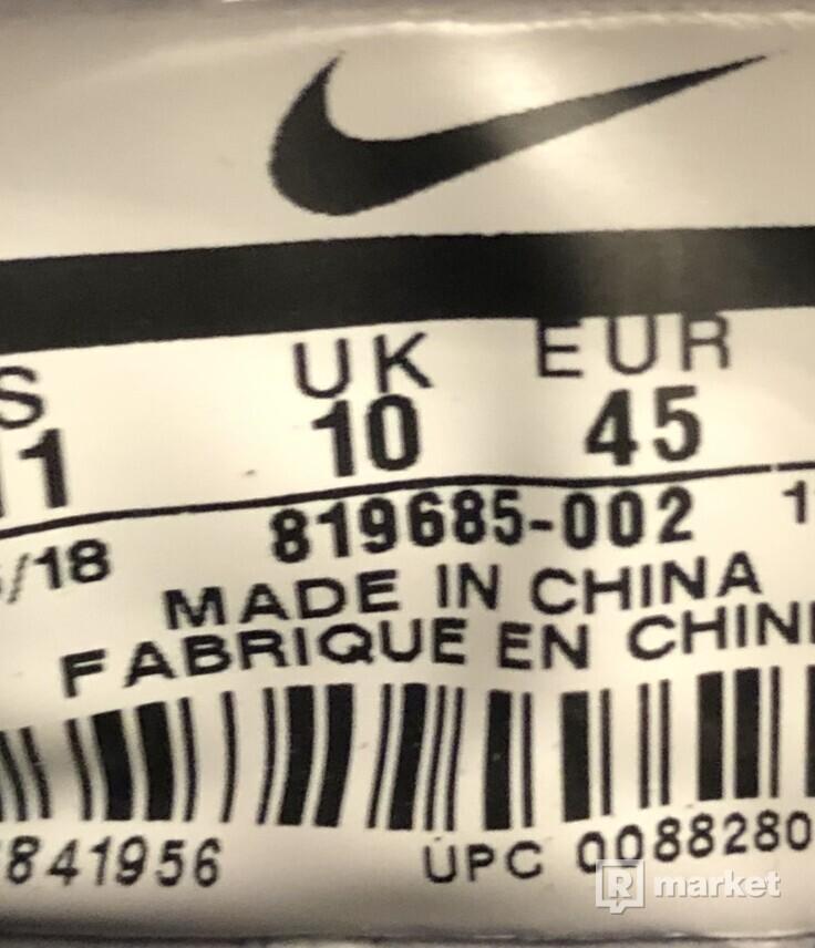 Nike Huarache triple black