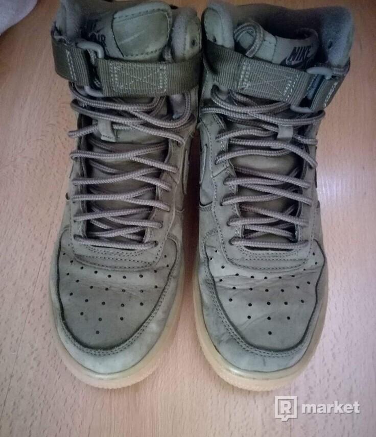 Nike Air Force 1 High ' 07 LV8