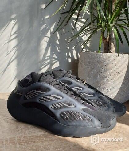 Adidas Yeezy 700 V2 alvah
