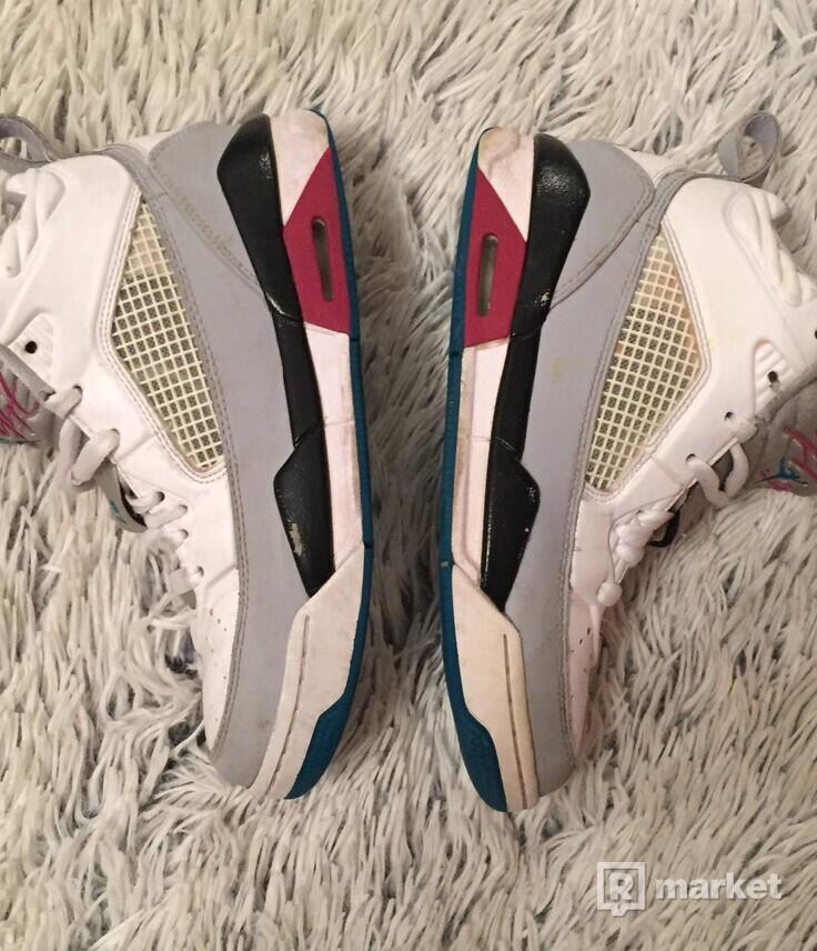 Tenisky Jordan Flight