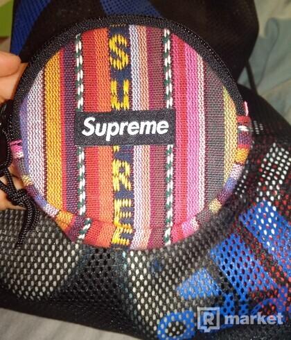 Supreme coin pouch