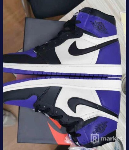 Air Jordan 1 High Court pruple