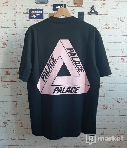 Palace Tri To Help Baby Pink