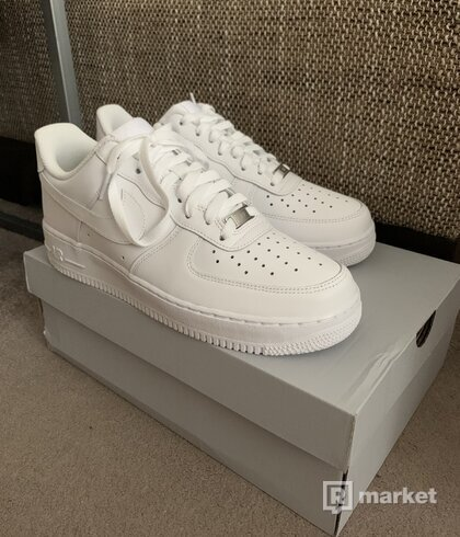 Predám Nike Air Force 1 '07 White