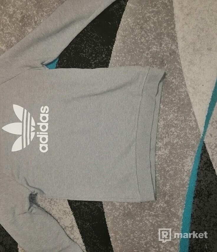 Adidas Crewneck Grey Trefoil logo