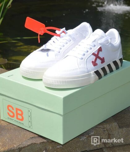 Off white vulc Low