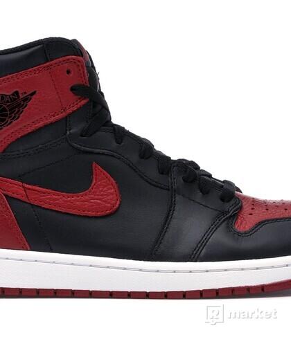 Wtb Air Jordan 1 (Bred, Chicago, Royal, Homage, Spiderman)