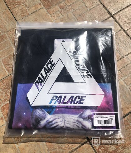 Palace Amg t-shirt BLACK L