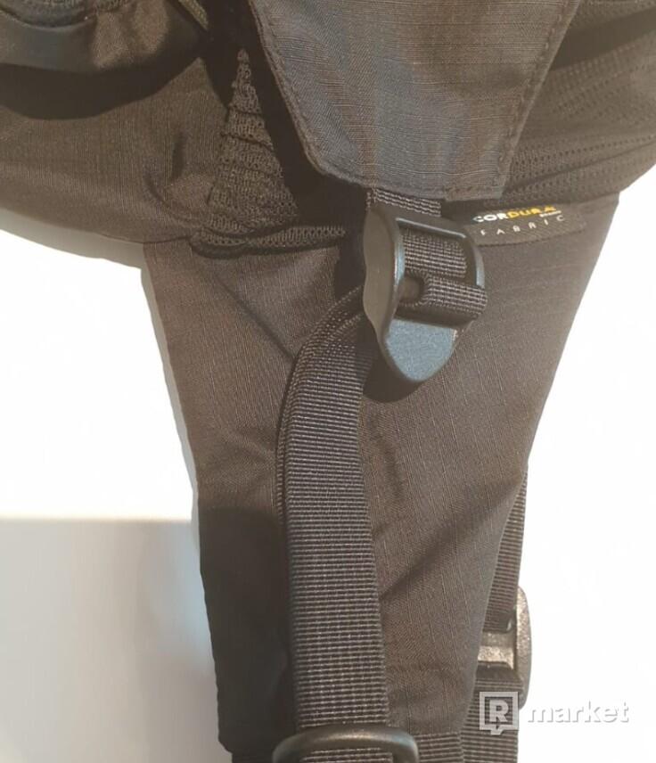 Supreme waist bag ss17
