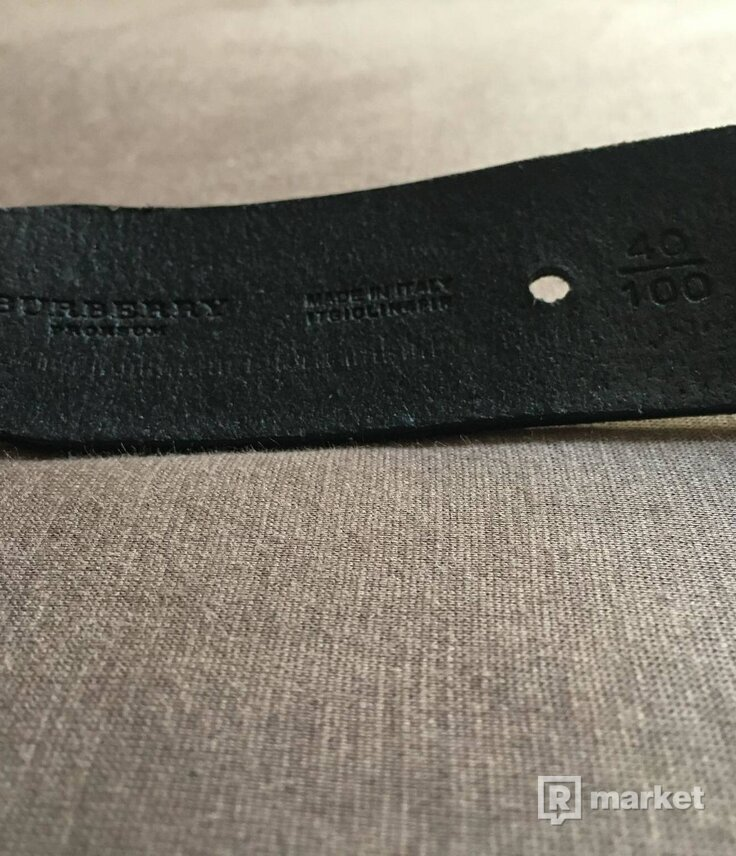 burberry leather & metal belt with chain