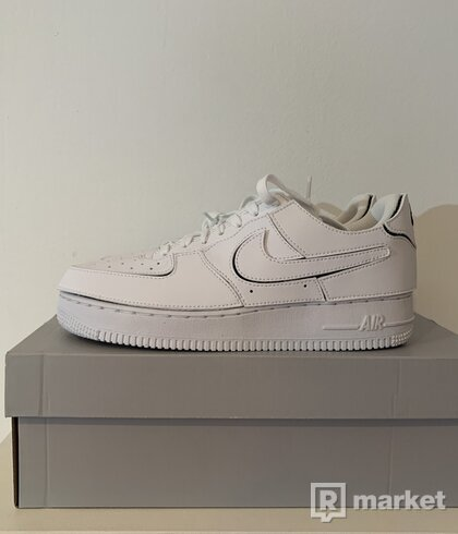 Air Force 1 Low Cosmic Clay [39,40]