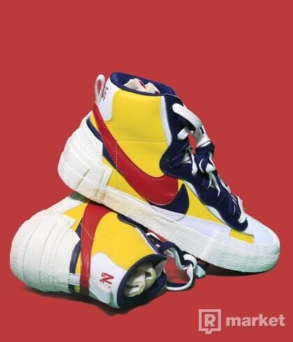 Nike x Sacai Blazer red