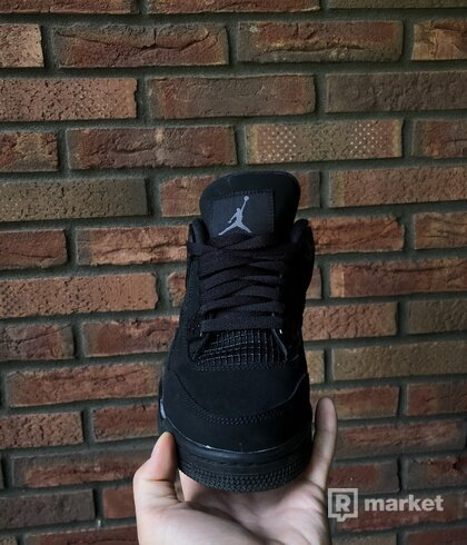 Jordan retro 4 black cat