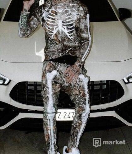 Nike skeleton tee