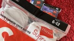 Supreme hanes socks white