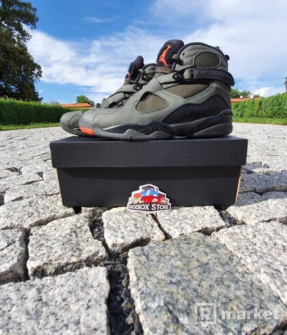"Jordan 8 Take Flight ""Undefeated"""