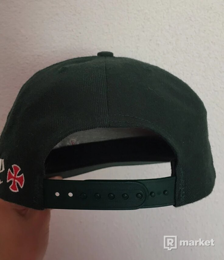 Supreme Independent cap