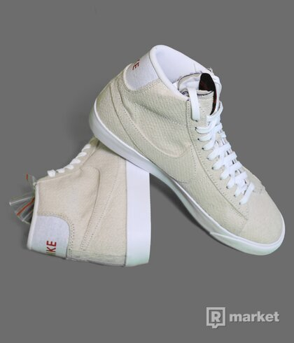 Nike Blazer Stranger Things upside down pack