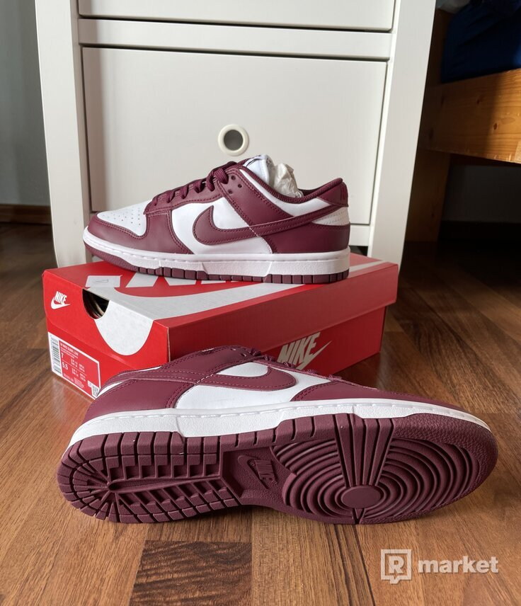 Nike Dunk Low Bourdeax