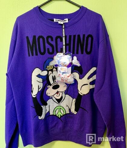 Sveter Moschino x H&M Supreme