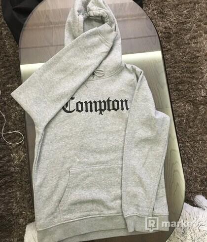 Mikina Mister Tee Compton Grey Black