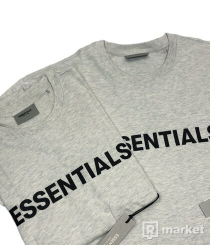 FOG ESSENTIALS Logo tee
