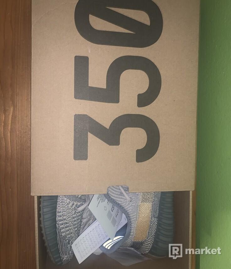 Yeezy 350 V2 Israfil