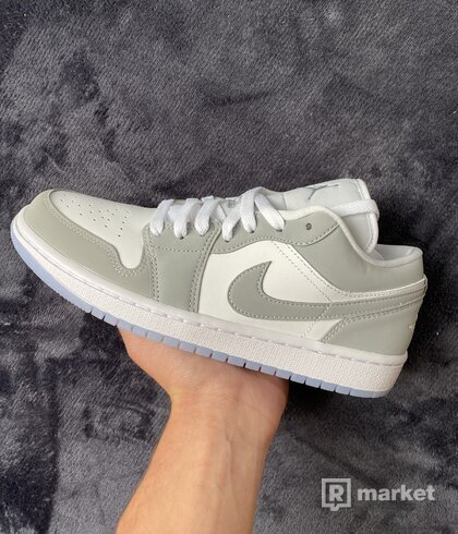 Jordan 1 Low Wolf Grey