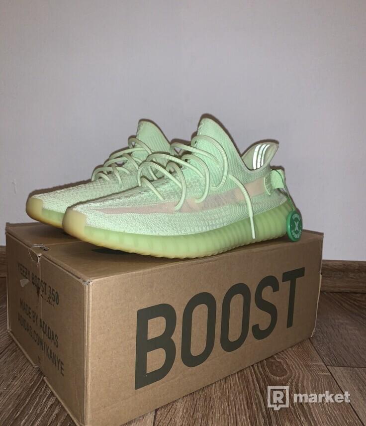 Adidas yeezy Glow