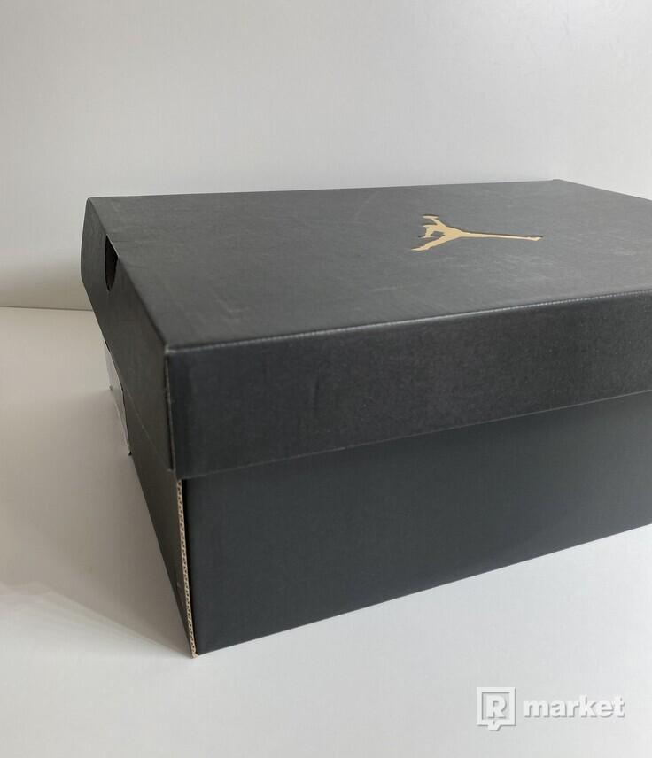 Jordan 1 Low SE Spades