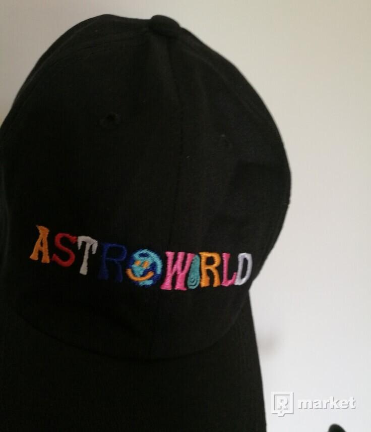 Čiapka Astroworld