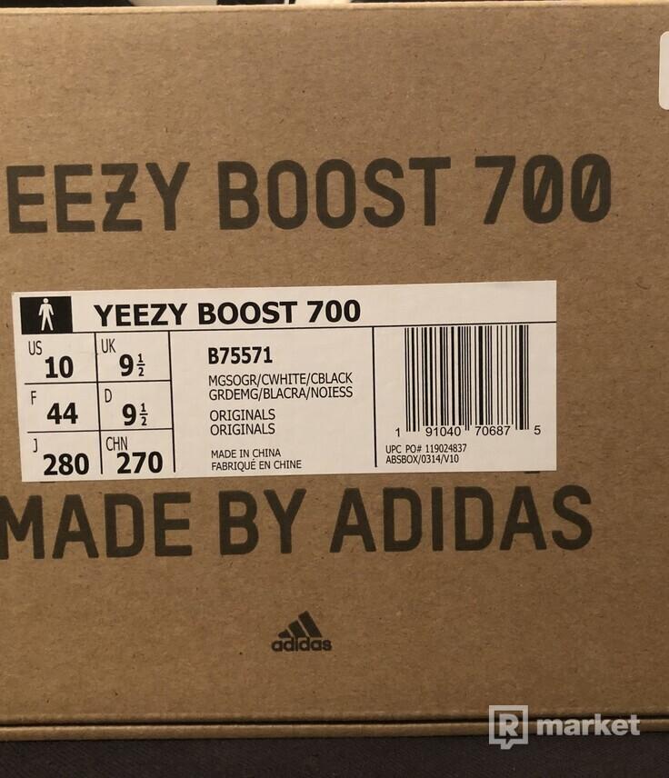 Yeezy 700 Waverunners