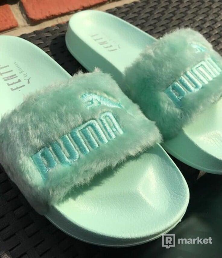 Fenty x Puma by Rihanna fur slides
