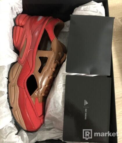 Adidas x Raf Simons Replicant Ozweego Scarlet/Rust/Scarlet - us11.5/eu45.5