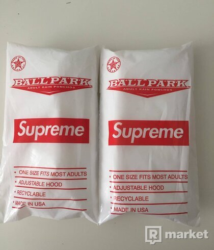 Supreme poncho, unpacked