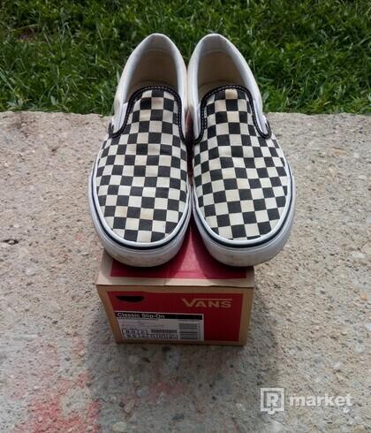Vans slip on checkerboard a Vans half cab