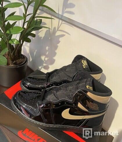 Jordan 1 Retro High Black Metallic Gold
