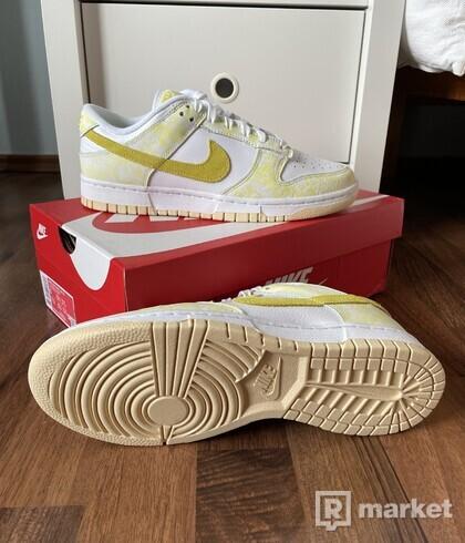 "Nike Dunk Low ""Yellow Strike"""