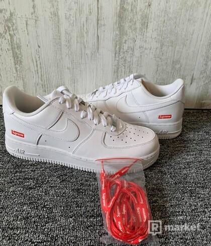 Nike Air Force 1 x Supreme White (US 8,5)