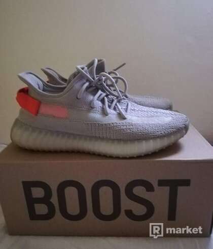 Adidas Yeezy Boost Tail Light