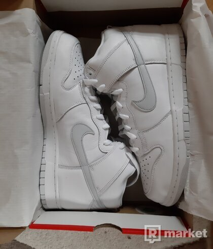 Nike SB dunk high pure platinum